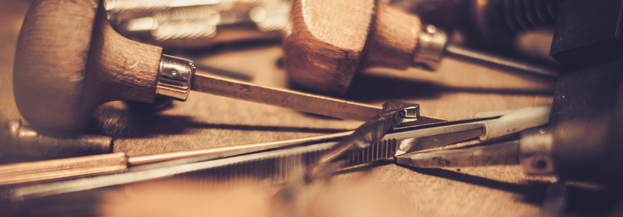 Incisori, orafi e meccanica di precisione
