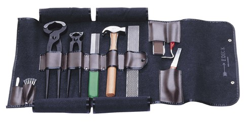 STANDARD Tool set in artificial leather bag