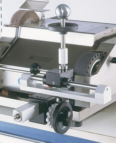 Universal belt grinding device UB3F